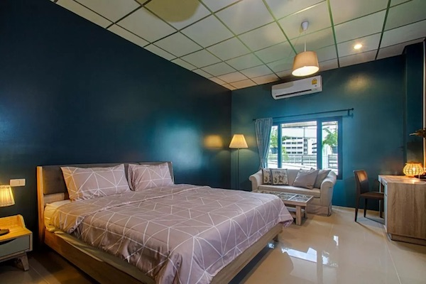 Hom Hostel