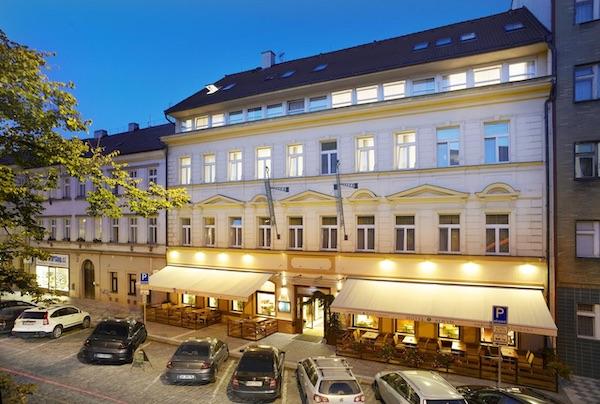 Alwyn Hotel