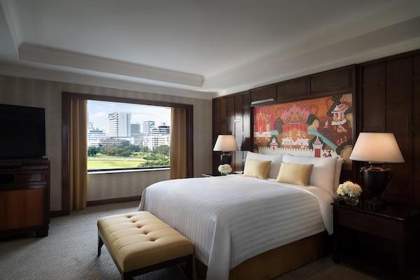 Anantara Siam Hotel