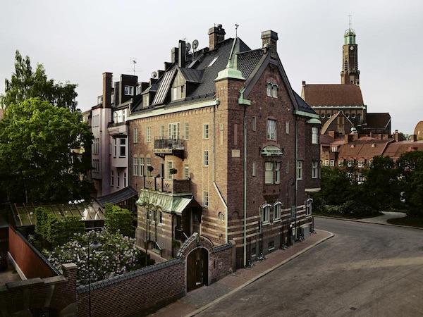Ett Ham Hotel